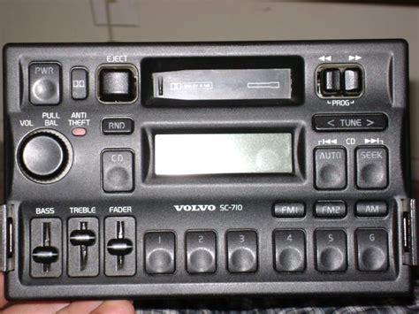 ipod input   volvo radio