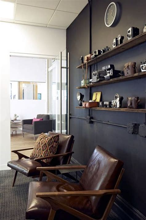 How To Include Masculine Details Into Your Home's Décor