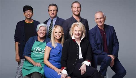murphy brown reviews   revival  delight   political goldderby