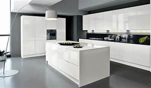 modele cuisine equipee galerie et modele cuisine avec ilot With modele cuisine avec ilot central table