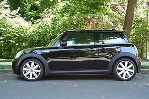 Midnight Black Mini Cooper S