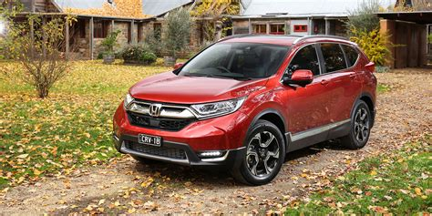 Honda Crv Photo by 2018 Honda Cr V Pricing And Specs Turbo Five And Seven
