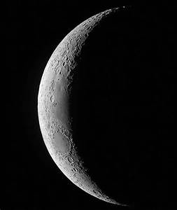 Waxing crescent Moon | Out of this world pictures of Space ...