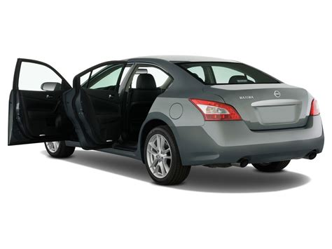 2009 Volkswagen Cc, 2009 Nissan Maxima, 2009 Mazda 6