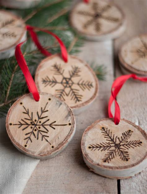 21 handmade christmas ornaments tip junkie