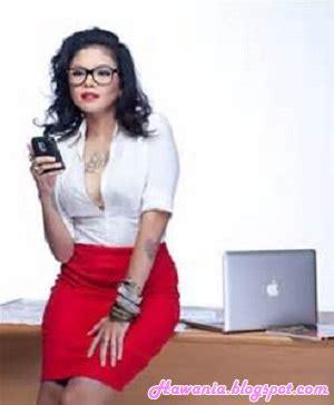 Inilah Artis Wanita Indonesia Bertatto Harian
