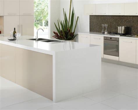 resine pour cuisine plan de travail résine pour une cuisine moderne