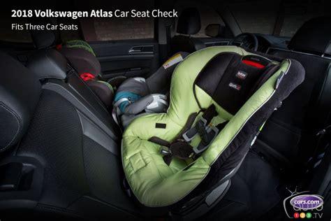 installer un siege auto les meilleurs véhicules pour installer un siège de bébé