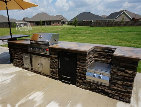 grills smokers outdoor kitchens   pond