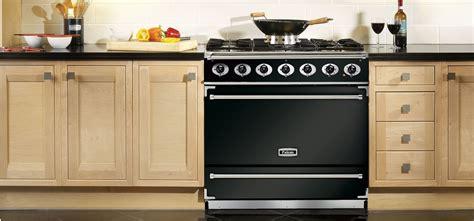 piano de cuisine lacanche cuisines fourneaux cuisine équipée électroménager