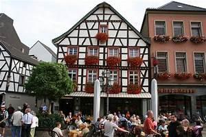 Restaurant Bad Neuenahr : marktbrunnen bad neuenahr ahrweiler restaurant reviews phone number photos tripadvisor ~ Eleganceandgraceweddings.com Haus und Dekorationen