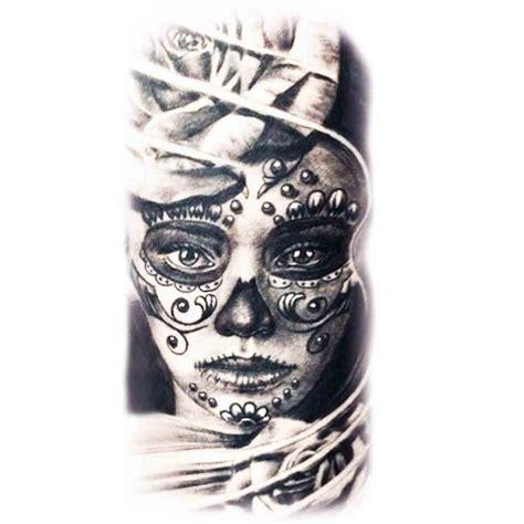 tatoo temporaire femme coiffee dune rose