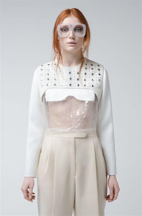Feminine Minimalist Fashion Alberto Zambelli Fw