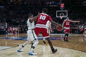 Men's basketball: Koenig, Hayes approach their final year ...