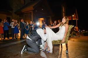 Wedding photography reception tips how to shoot open air for Best lighting for wedding photography
