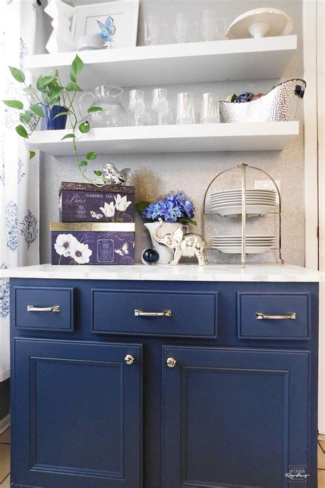 fear painting  kitchen cabinets
