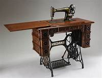 antique sewing machine table Best 25+ Antique sewing machines ideas on Pinterest ...