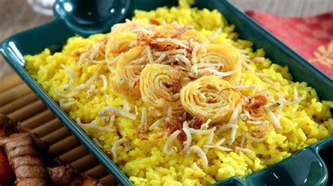 sarapan nasi gurih kuning  sedap  gak perlu ribet