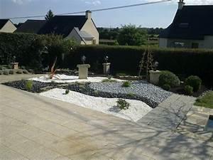 Cailloux Pour Jardin : jardin cailloux blancs fabulous jardin cailloux blancs ~ Melissatoandfro.com Idées de Décoration