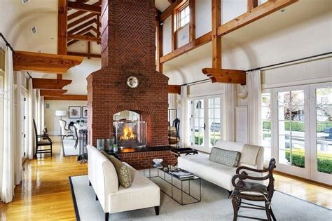 Living Room With Fireplace And Doors by 27 Living Rooms With Doors D 233 Cor Outline