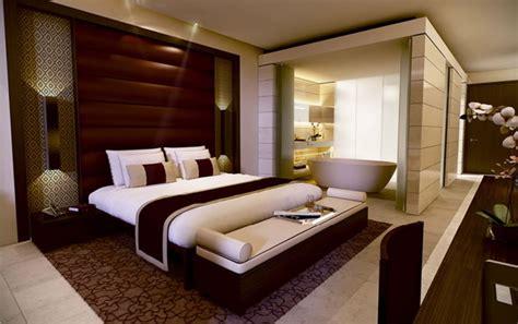 اجمل تصاميم غرف النوم الواسعة