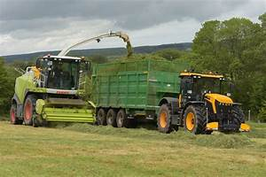 Claas Jaguar 880 Spfh Filling A Broughan Engineering Mega