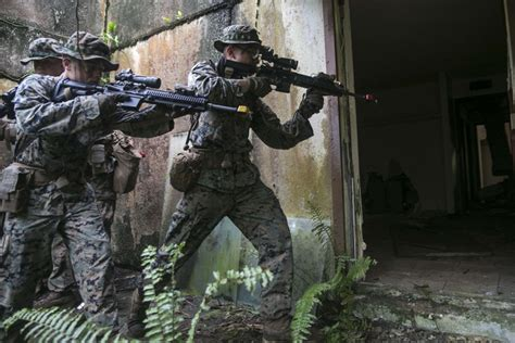 31st Marine Expeditionary Unit Marines In Guam For Unit