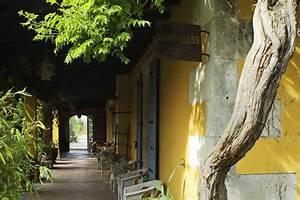 Charme De Provence : hotel de charme provence mas de la chapelle arles ~ Watch28wear.com Haus und Dekorationen