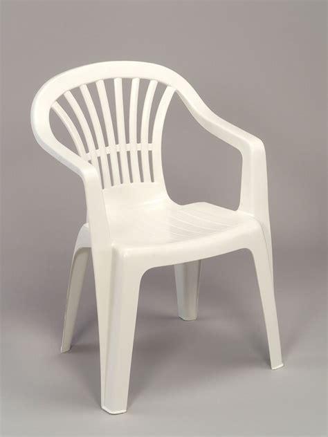 chaise de jardin en plastique stunning chaise de jardin grosfillex blanc images