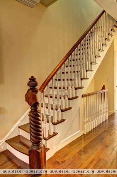 grand entry elements newel posts   present decor