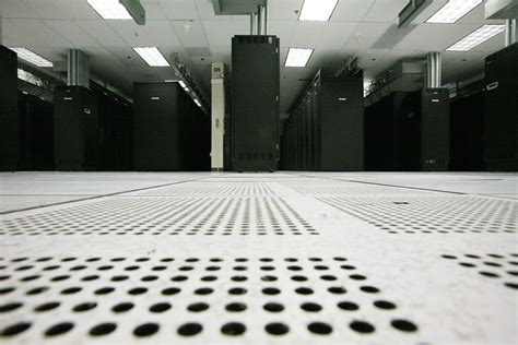 fujitsu expands sunnyvale data center to handle 10 times