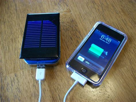 iphone solar charger diy solar power tutorials diy ideas tips