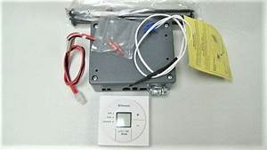 Dometic Single Zone Lcd Thermostat  Cool  Furnace  Fan  3313189 000