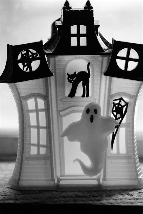 haunted bath body halloween bathroom works