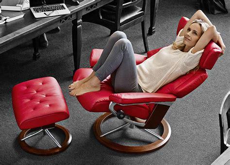 ekornes stressless skyline leather recliner and ottoman