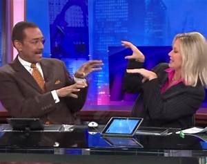 News Anchors Create Amazing Handshake At Commercial RTM