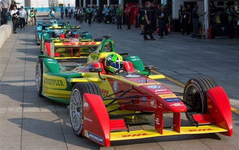 World's First Driverless Car Racing Series
