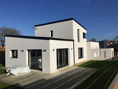 constructeur maison contemporaine toit plat avec pasio
