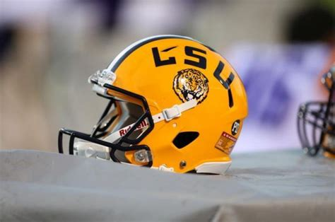 LSU unveils new Tiger logo on the helmets at 2014 Spring ...
