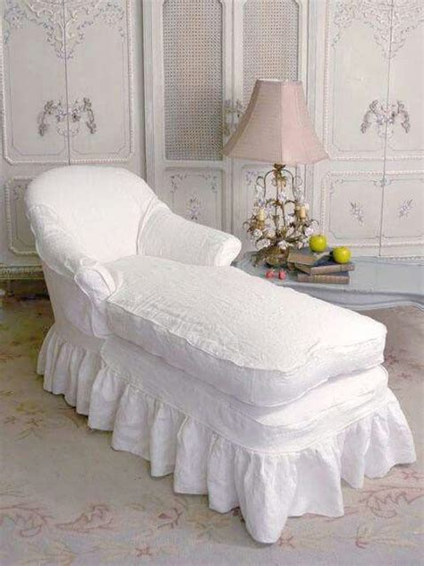 chaise cagne chic 17 best images about chairs sofas on shabby