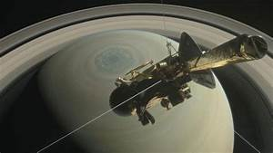 NASA spacecraft survives dive through Saturn's rings ...