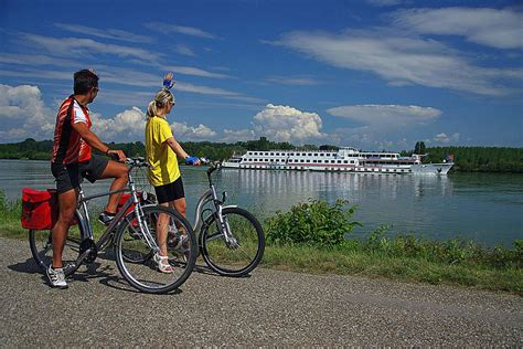 Boat Rental Vienna by Danube Bike Boat Passau To Vienna Macs Adventure