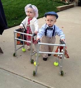 Deguisement Halloween Bebe : insolite bebe deambulateur deguisement halloween baby ~ Melissatoandfro.com Idées de Décoration