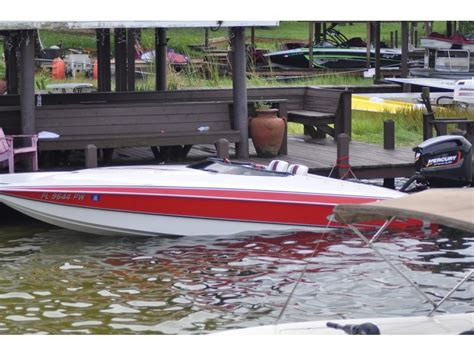Cigarette Boat Te Koop by 1997 Skater 21 Ss Powerboat For Sale In Florida
