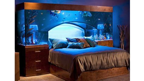 Waterbed Headboards King Size by Stunning Aquarium Bed Redefines Sleeping With The Fishes