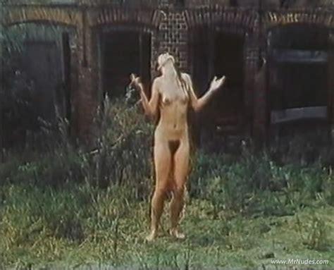 julia brendner nackt