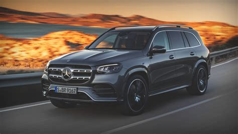 483 hp and 516 lb/ft of torque transmission 🕹: 5 Cool Things: 2, Episode 6 - 5 Cool Things: 2020 Mercedes-Benz GLS 580 4Matic | MotorTrend