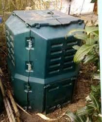 Kompost Richtig Anlegen : komposthaufen richtig anlegen dreiteilige kompostwirtschaft ~ Lizthompson.info Haus und Dekorationen