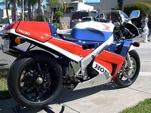 Honda Rc 30 : low mileage honda rc30 vfr750r for sale in ca rare sportbikes for sale ~ Melissatoandfro.com Idées de Décoration