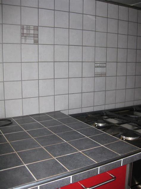 renovation plan de travail cuisine carrelé faïence plan de travail et crédence cuisine